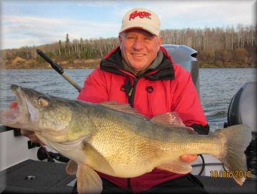 South dakota guided fishing trips package deals mvgs for South dakota walleye fishing